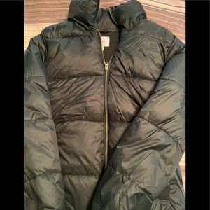 Old Navy Puffy Coat in hunter green - WORN ONCE!!